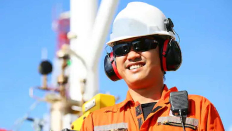 PPE for the Offshore & Marine Industry Featured Image